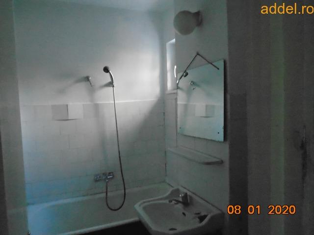 Eladó 3 szobás tömbházlakás - 3