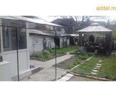 Teljesen butorozott, bekamerazott udvarral kertes haz elado - Kép 4