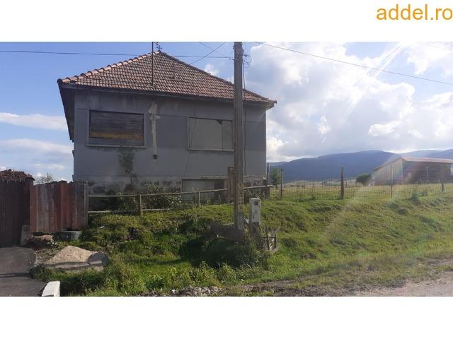 Eladó Családi ház - 3